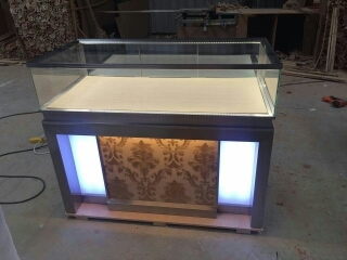 jewelry  display  cabinet4