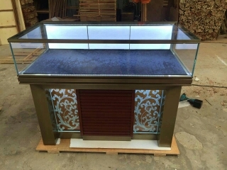 jewelry  display  cabinet3